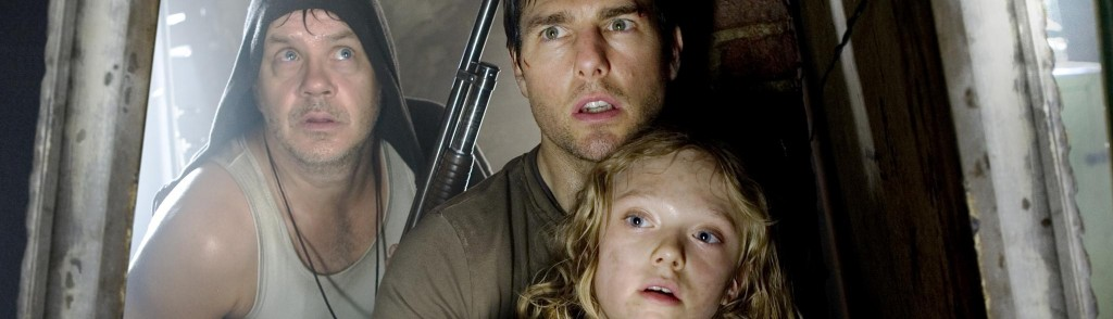 still-of-tom-cruise,-tim-robbins-and-dakota-fanning-in-världarnas-krig-(2005)-large-picture[1]