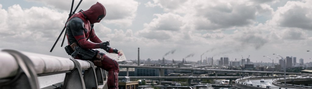 still-of-ryan-reynolds-in-deadpool-(2016)-large-picture[1]